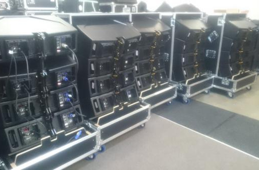 Blick in unsere Verleih-Abteilung - Hier RCF Linearray-Tops